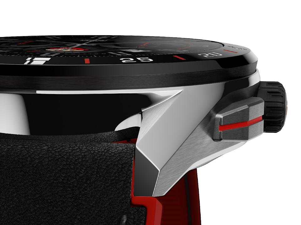 <p>Close up side view of the Tag Heuer Connected Limited Edition Super Mario focusing on its case's lug and bezel.</p>