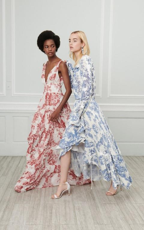 Meghan's dress, right, in the Oscar de la Renta resort 2019 promotional images. The label made an outfit for Meghan's mother, Doria Ragland, for the royal wedding.