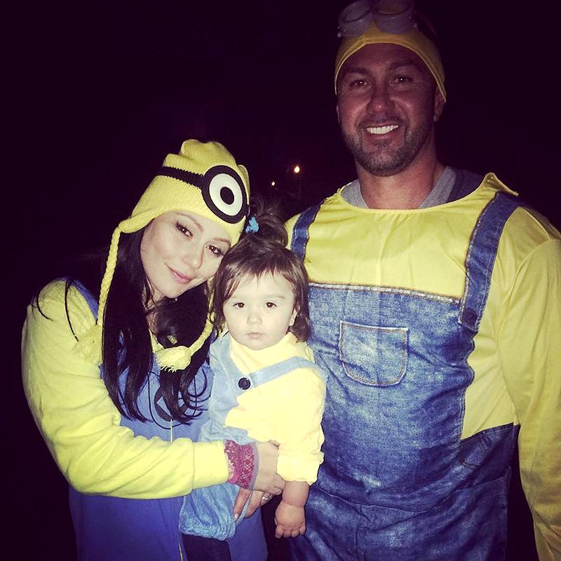 """<p>There is nothing wrong with being a Minion! It was all yellow in honor of <i>Despicable Me</i> — and the costume masked the <i>Jersey Shore</i> alum's baby bump. (Photo: <a rel=""""nofollow"""" rel=""""nofollow"""" href=""""https://www.instagram.com/p/9eyxkiKSxT/"""">Instagram</a>) </p>"""