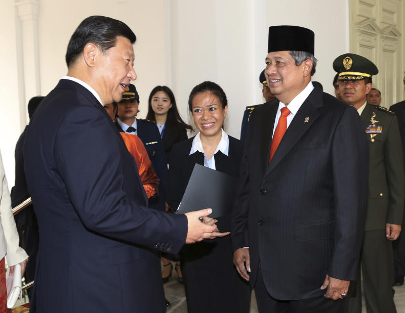 Chinese president visits Indonesia to boost ties