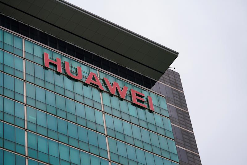 Huawei offers to sign a 'no-backdoor agreement'