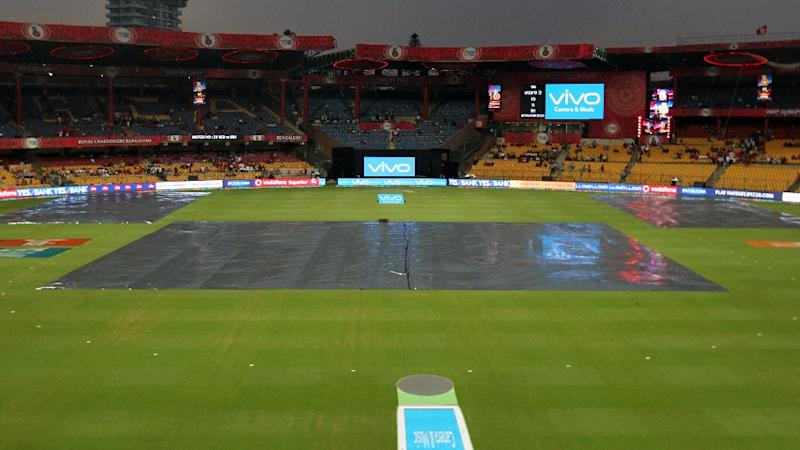 Match Blog: Rain Delays Game Between RCB and Sunrisers Hyderabad