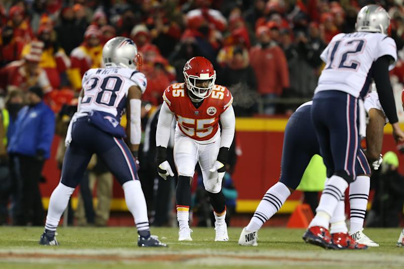 Dee Ford didn't line up correctly in the 2019 AFC title game and the Chiefs paid dearly for it. Ford faces his former team on Sunday in the Super Bowl. (Photo by Scott Winters/Icon Sportswire via Getty Images)
