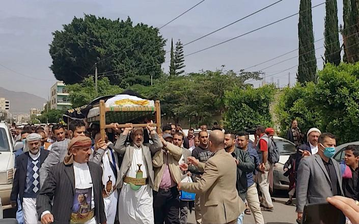 A funeral procession through the northern city of Sanaa - BBC News Arabic/BBC
