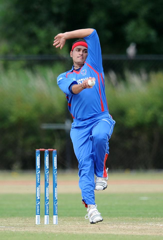 ROTTERDAM, NETHERLANDS - JULY 03:  Hamid Hassan of Afghanistan in action during the ICC World Cricket League Division One match between Ireland and Afghanistan at the Rotterdam VOC on July 3, 2010 in Rotterdam, Netherlands.  (Photo by Christopher Lee/Getty Images)