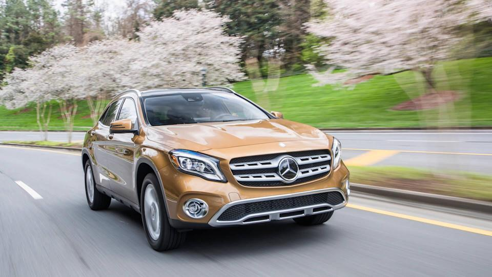 2018 Mercedes-Benz GLA250 4MATIC (should populate both GLA250 and GLA250 4MATIC categories).