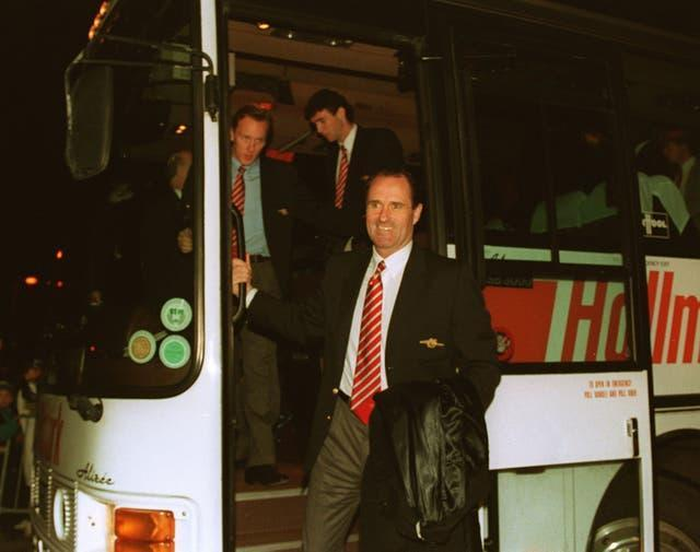 George Graham (right) was the manager at Arsenal when they won 14 games in succession in 1987