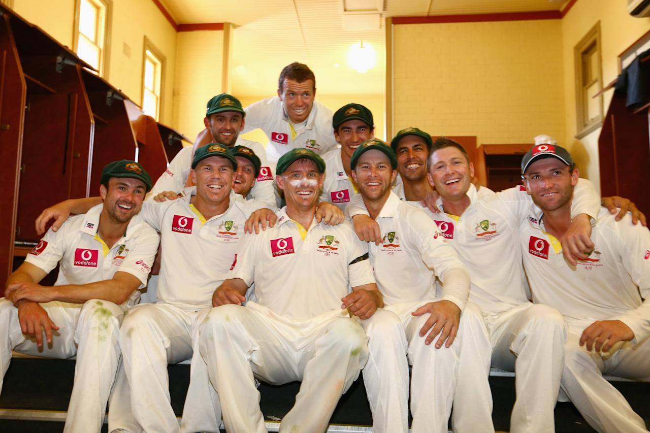 SYDNEY, AUSTRALIA - JANUARY 06:  The Australian team pose in the change room as they celebrate winning the Warne–Muralidaran trophy on day four of the Third Test match between Australia and Sri Lanka at Sydney Cricket Ground on January 6, 2013 in Sydney, Australia.  (Photo by Mark Kolbe/Getty Images)