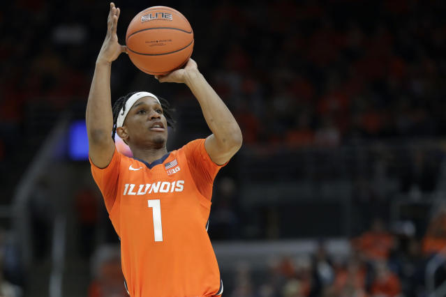 Illinois' Trent Frazier shoots during the first half of an NCAA college basketball game against Missouri, Saturday, Dec. 21, 2019, in St. Louis. (AP Photo/Jeff Roberson)