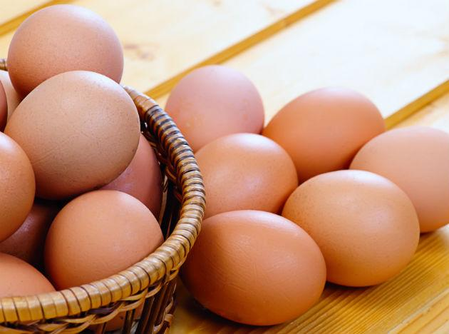 <b>Eggs </b><br>Eggs are packed with components that are highly beneficial to the human body - vitamins A and D, protein, as well as antioxidants. So, an egg a day must form part of your diet.