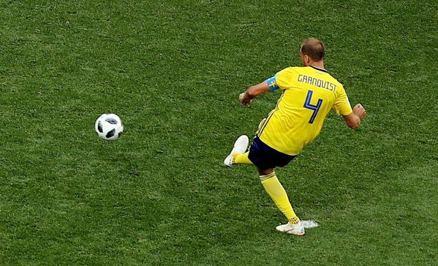 Soccer Football - World Cup - Group F - Sweden vs South Korea - Nizhny Novgorod Stadium, Nizhny Novgorod, Russia - June 18, 2018 Sweden's Andreas Granqvist scores their first goal from the penalty spot REUTERS/Lucy Nicholson