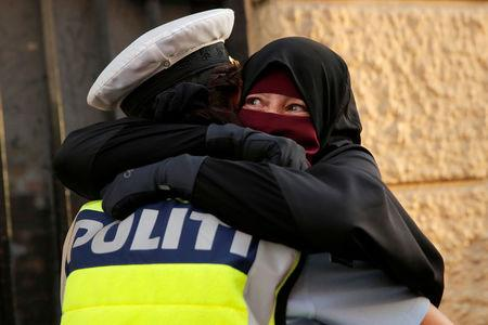 Hundreds march against 'burqa ban' in Denmark