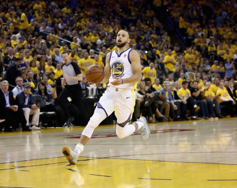 Warriors star Curry taking second swing at Web.com tour