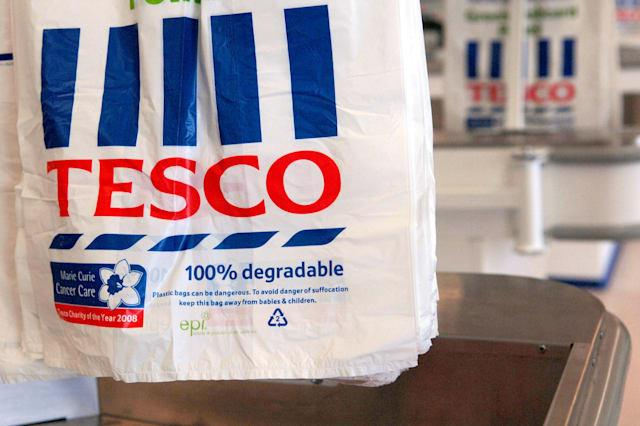 Tesco expected to announce record profits