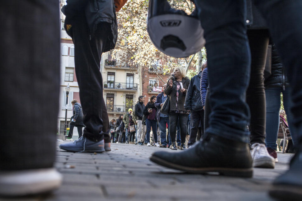 <p>Line of voters in the Catalan regional election at an elementary school in Barcelona, Spain, Dec. 21, 2017. (Photograph by Jose Colon / MeMo for Yahoo News) </p>