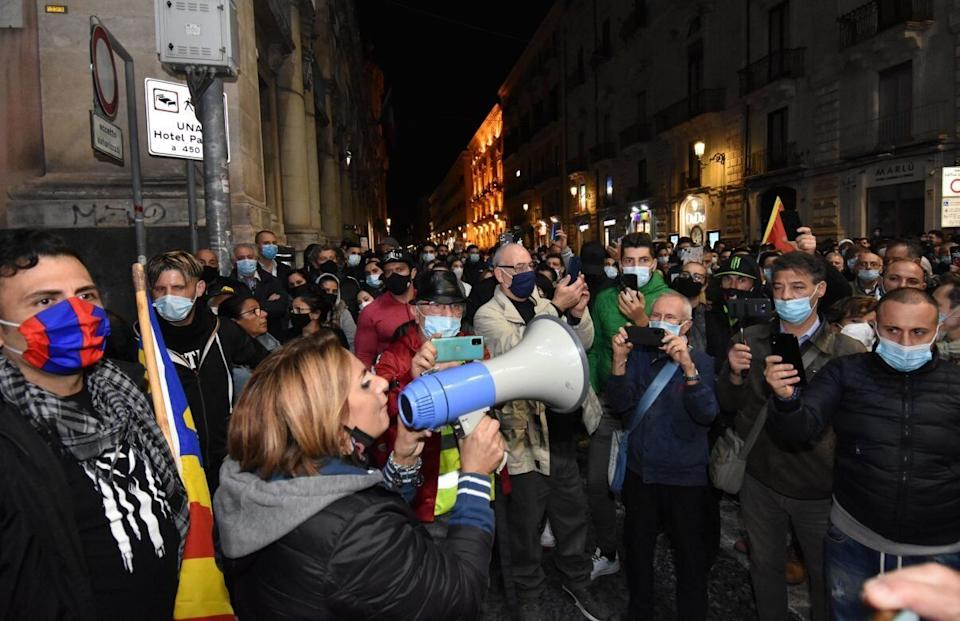 Proteste a Cosenza (Photo: ANSA)