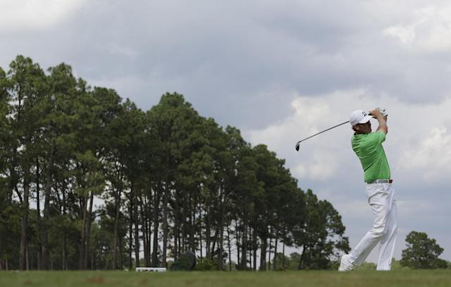 Brandt Snedeker watches his tee shot on the seventh hole during the second round of the U.S. Open golf tournament in Pinehurst, N.C., Friday, June 13, 2014. (AP Photo/Eric Gay)