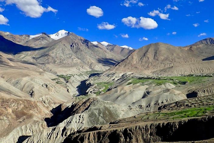 """<span class=""""caption"""">Himalayan rocks hold magnetic clues about their origins.</span> <span class=""""attribution""""><span class=""""source"""">Craig Robert Martin</span>, <a class=""""link rapid-noclick-resp"""" href=""""http://creativecommons.org/licenses/by-nd/4.0/"""" rel=""""nofollow noopener"""" target=""""_blank"""" data-ylk=""""slk:CC BY-ND"""">CC BY-ND</a></span>"""