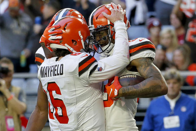 Cleveland Browns tight end Ricky Seals-Jones (83) celebrates his touchdown against the Arizona Cardinals with quarterback Baker Mayfield (6) during the second half of an NFL football game, Sunday, Dec. 15, 2019, in Glendale, Ariz. (AP Photo/Ross D. Franklin)