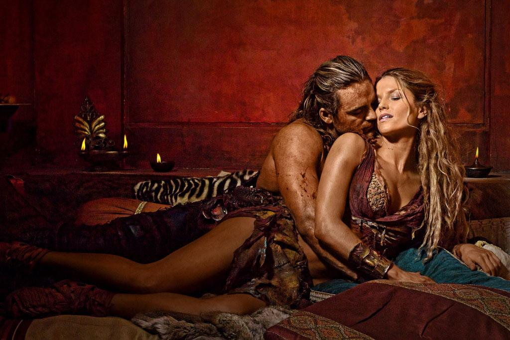 "Dustin Clare as Gannicus and Ellen Hollman as Saxa in ""Spartacus: War of the Damned"" on Starz."
