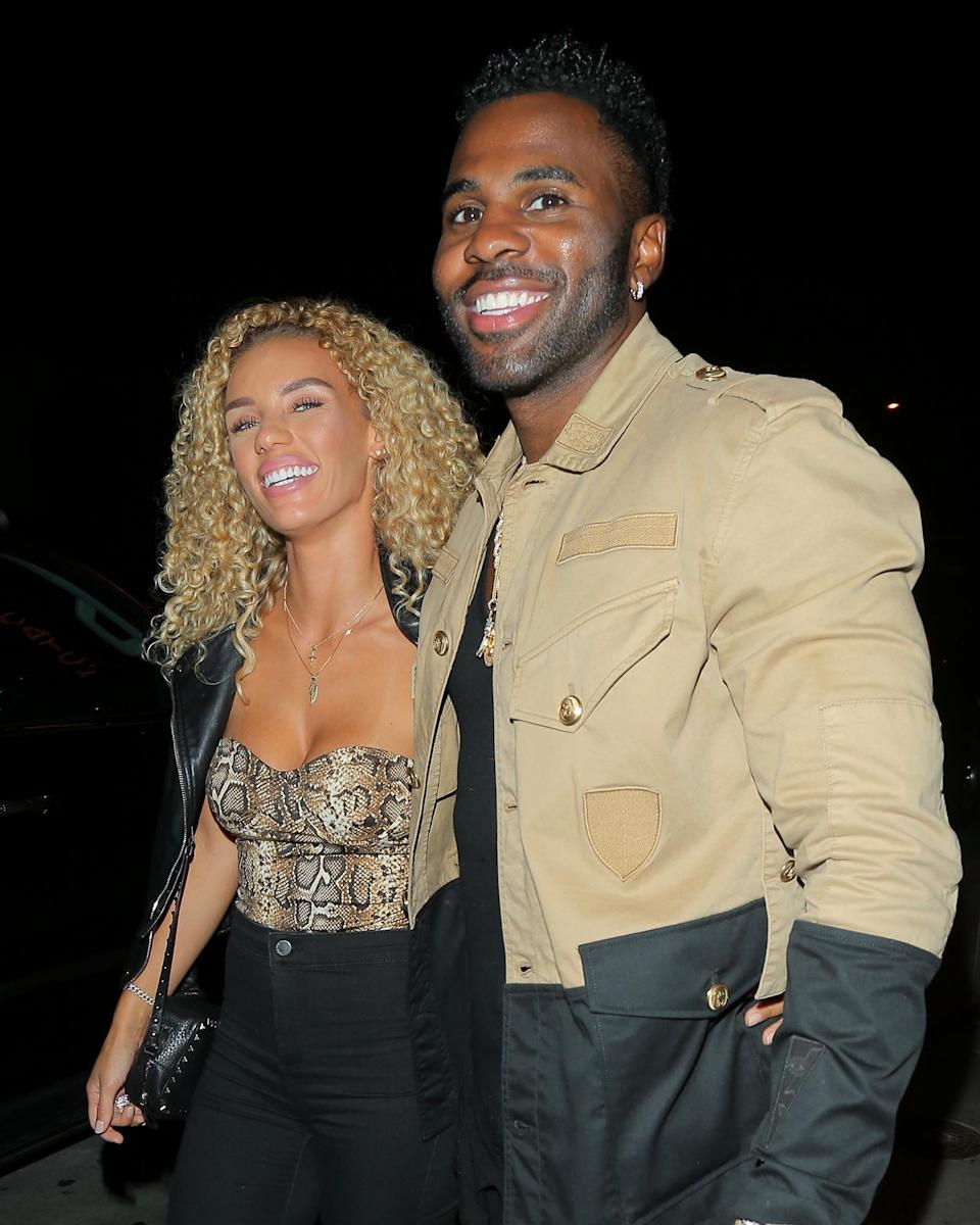 <p>Jason Derulo and girlfriend Jena Frumes can't stop smiling on Thursday after dinner at Catch in West Hollywood.</p>