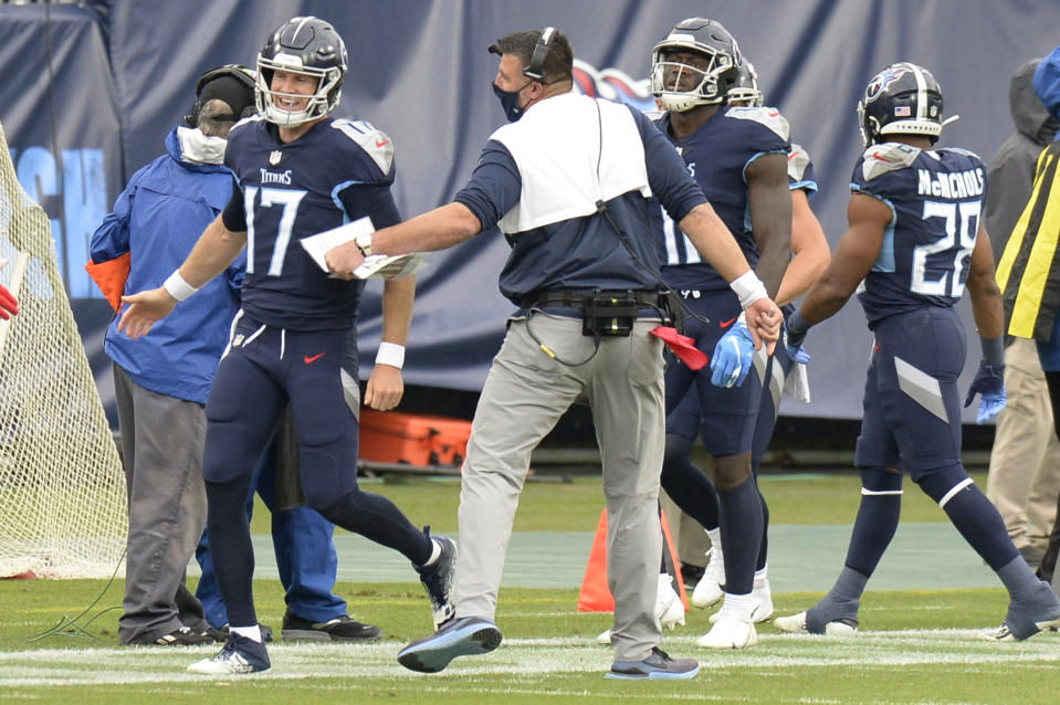 Ryan Tannehill (17) was one of the heroes of the Tennessee Titans' win over the Houston Texans on Sunday. But some apparent rule-bending from head coach Mike Vrabel enabled the comeback. (AP Photo)