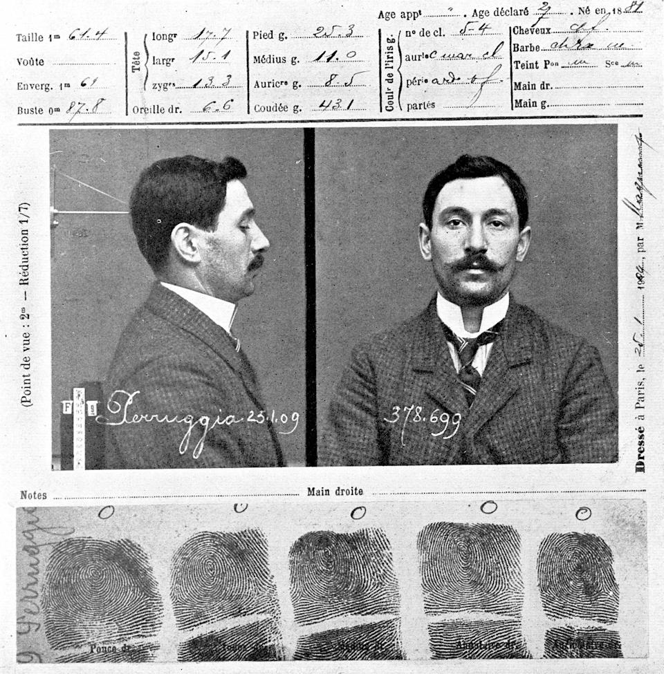 The police record of Vincenzo Peruggia who attempted to steal Leonardo de Vinci's painting 'The Mona Lisa' in 1911, 25th January 1909. (Photo by Roger Viollet via Getty Images)