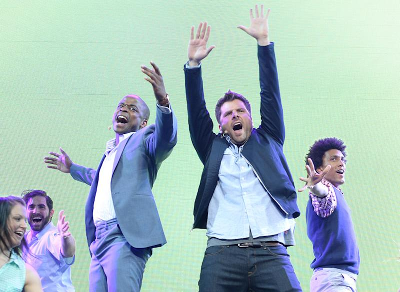'Psych' stars Roday and Hill tease episode remake