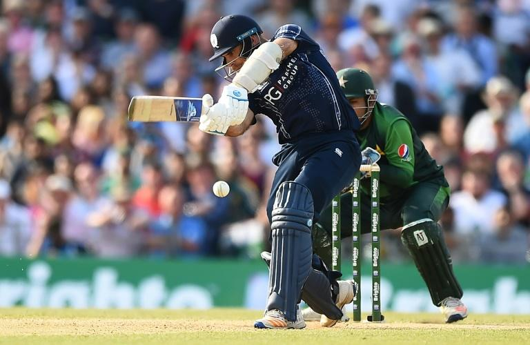 """Scotland's captain Kyle Coetzer said """"every team is dangerous"""" in the upcoming 2020 T20 World Cup qualifying tournament (AFP Photo/ANDY BUCHANAN                       )"""