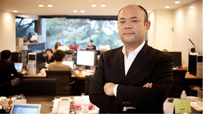 The brother of SoftBank founder Masayoshi Son is heading to Singapore, following Eduardo Saverin's footprints