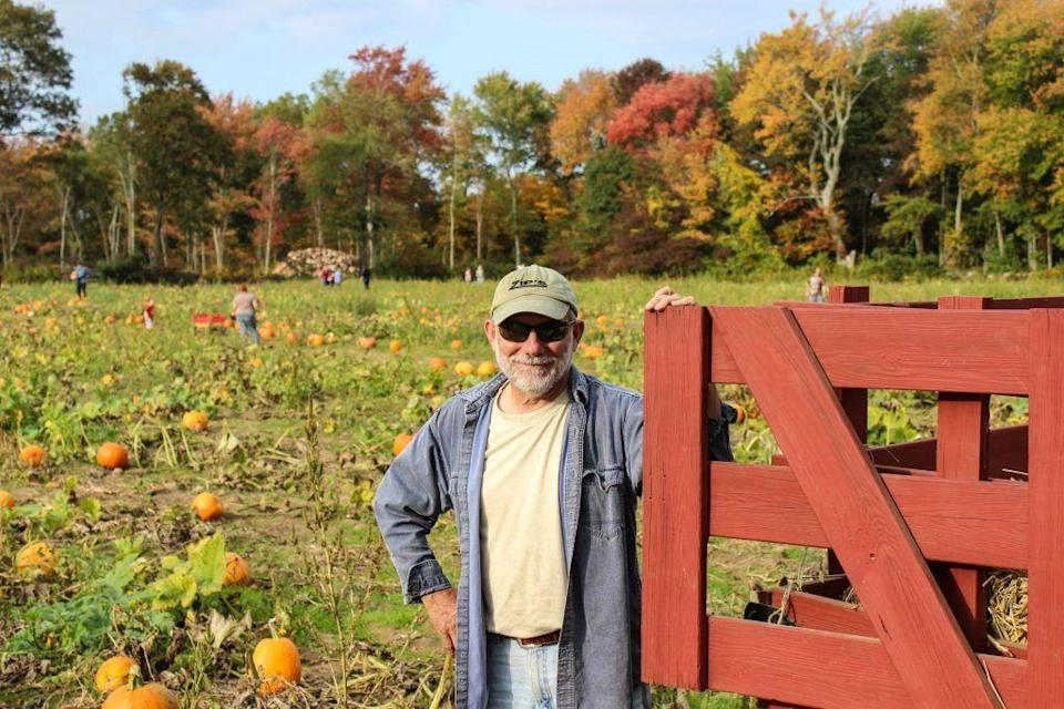 """<p>You can visit <a href=""""https://salisburyfarm.com/"""" rel=""""nofollow noopener"""" target=""""_blank"""" data-ylk=""""slk:Salisbury Farm"""" class=""""link rapid-noclick-resp"""">Salisbury Farm</a> any day of the week during the fall to pick your own pumpkins and enjoy a hayride. But personally, we're most excited about the fact that there's a llama here named Princess. </p><p><a class=""""link rapid-noclick-resp"""" href=""""https://go.redirectingat.com?id=74968X1596630&url=https%3A%2F%2Fwww.tripadvisor.com%2FAttraction_Review-g54088-d12956093-Reviews-Salisbury_Farms-Johnston_Rhode_Island.html&sref=https%3A%2F%2Fwww.countryliving.com%2Flife%2Ftravel%2Fg21273436%2Fpumpkin-farms-near-me%2F"""" rel=""""nofollow noopener"""" target=""""_blank"""" data-ylk=""""slk:PLAN YOUR TRIP"""">PLAN YOUR TRIP</a></p>"""