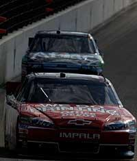 Tony Stewart won at Texas, but Carl Edwards was right on his tail in second