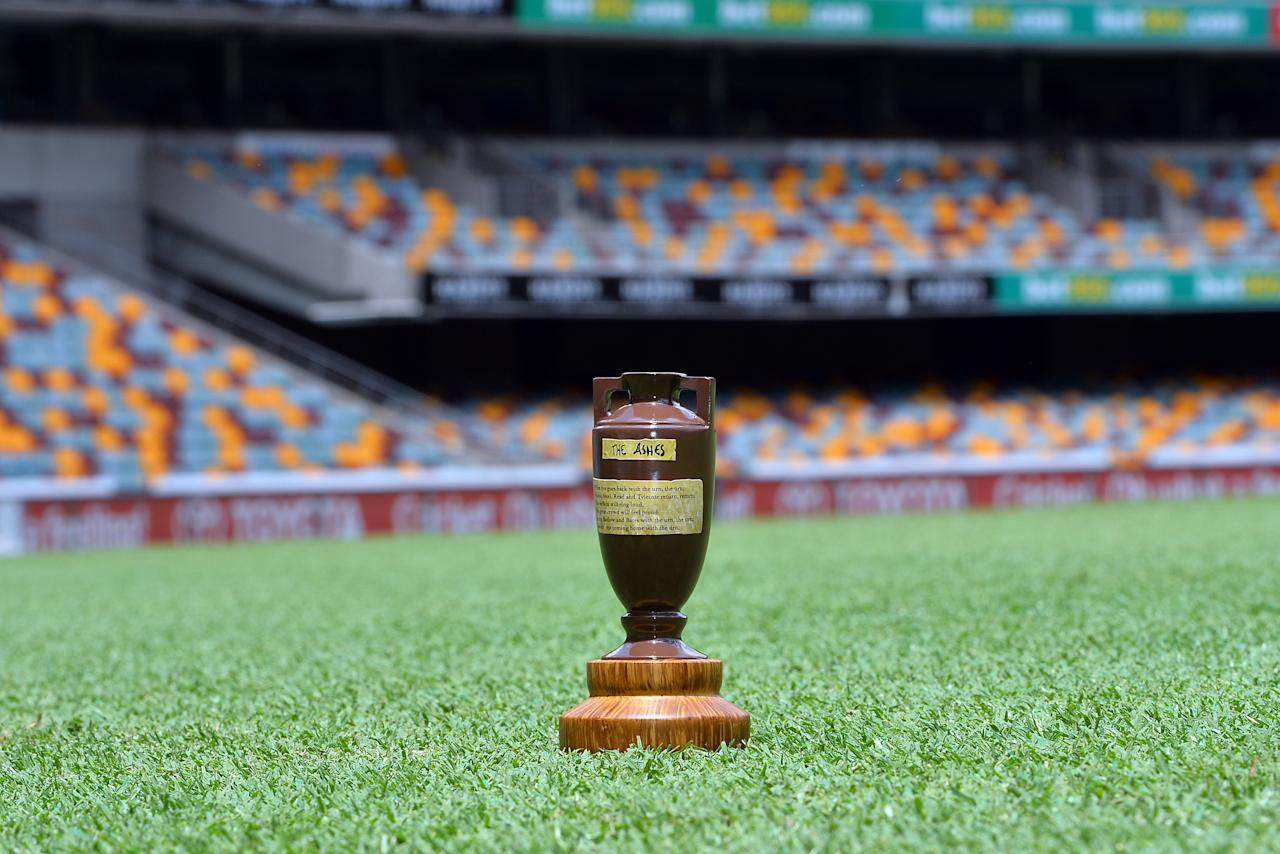 The Ashes Urn is pictured displayed on the pitch at the Gabba in Brisbane on November 20, 2013 on the eve of the first Ashes cricket Test match between England and Australia.      AFP PHOTO / Saeed KHAN  IMAGE RESTRICTED TO EDITORIAL USE - STRICTLY NO COMMERCIAL USE        (Photo credit should read SAEED KHAN/AFP/Getty Images)