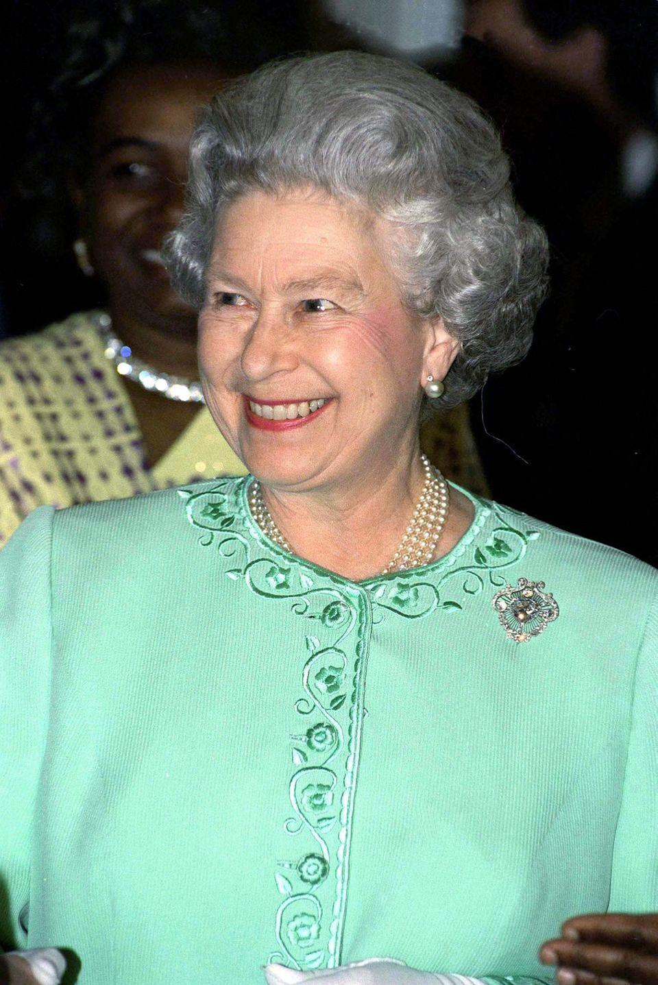<p>Originally designed for Queen Mary in 1911, the Cullinan V Heart diamond brooch that the Queen is pictured wearing on March 9, 1989 is about 19 carats.</p>