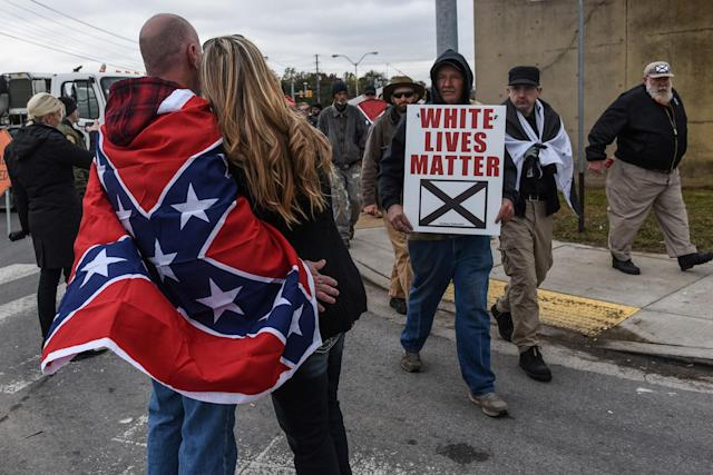 """<p>People participate in a """"White Lives Matter"""" rally in Shelbyville, Tenn., Oct. 28, 2017. (Photo: Stephanie Keith/Reuters) </p>"""
