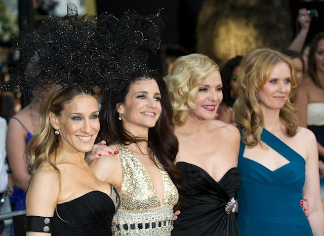 The <em>Sex and the City</em> cast together during happier times. (Photo: Getty Images)