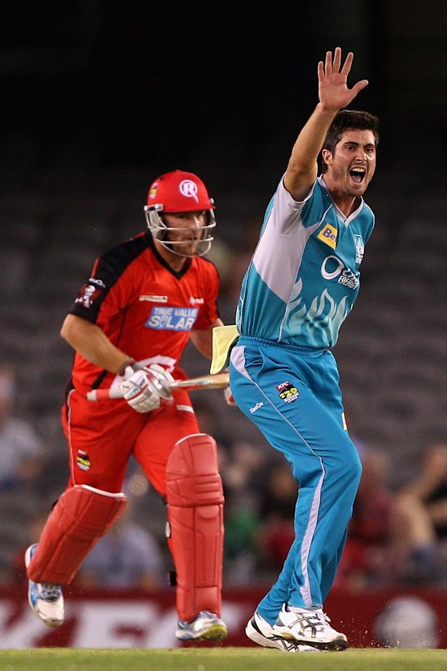 MELBOURNE, AUSTRALIA - DECEMBER 22:  Ben Cutting of the Heat appeals unsuccessfully during the Big Bash League match between the Melbourne Renegades and the Brisbane Heat at Etihad Stadium on December 22, 2012 in Melbourne, Australia.  (Photo by Robert Prezioso/Getty Images)