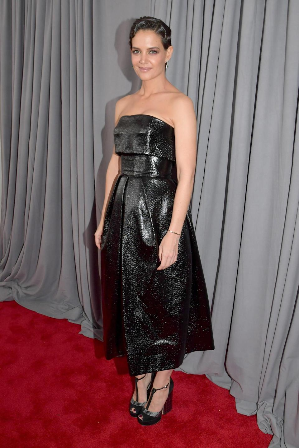 """<h1 class=""""title"""">Katie Holmes in Zac Posen</h1><cite class=""""credit"""">Photo: Getty Images</cite>"""