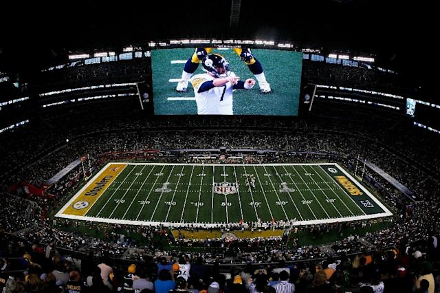 ESPN signed a 10-year contract for the rights to the National Football League's Monday night games and several other events in 2011 for a whopping $15.2 billion (AFP Photo/TOM PENNINGTON)