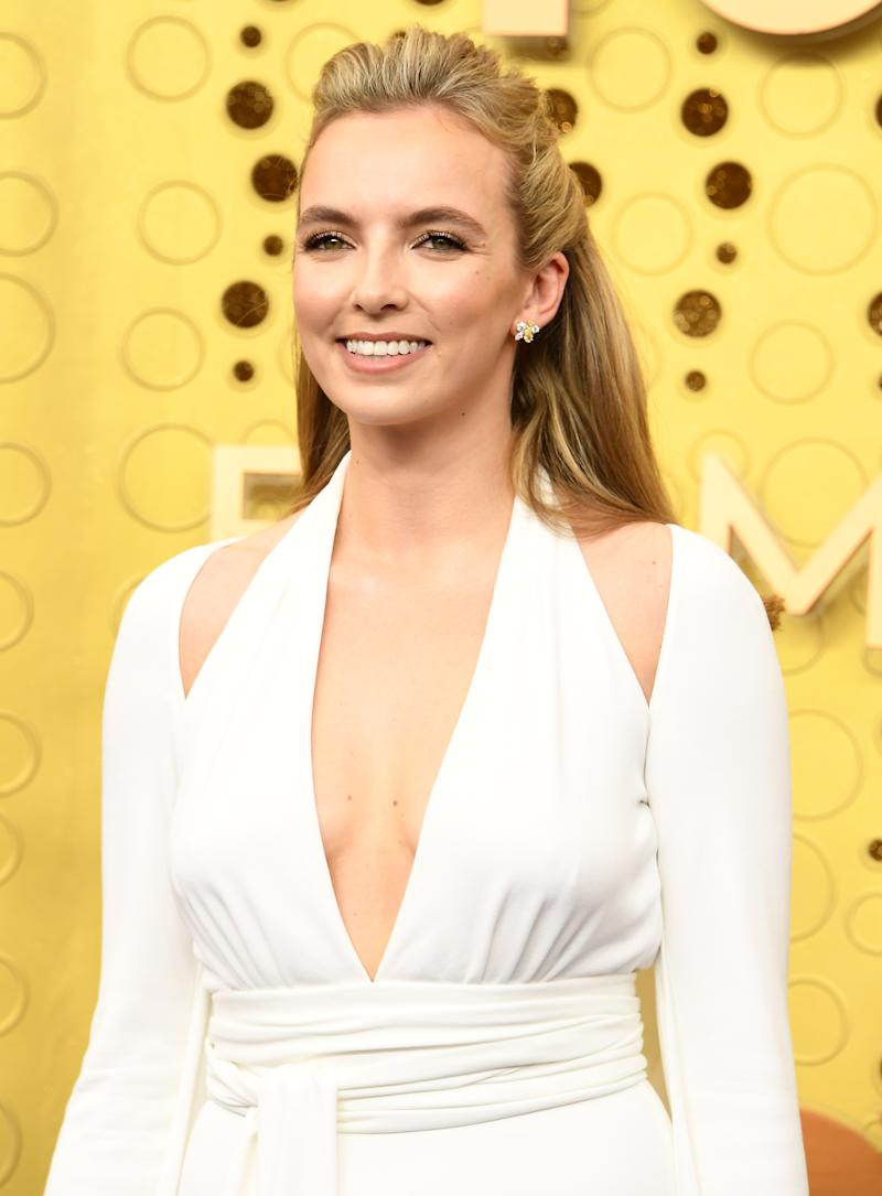 Jodie Comer's hairstyle stayed put thanks to one affordable product. (Photo: Getty Images)