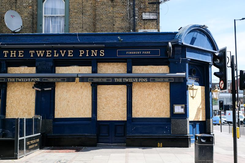 LONDON, UNITED KINGDOM - MAY 18, 2020 - Coronavirus: Twelve Pins pub boarded up in Finsbury Park- PHOTOGRAPH BY Matthew Chattle / Barcroft Studios / Future Publishing (Photo credit should read Matthew Chattle/Barcroft Media via Getty Images)