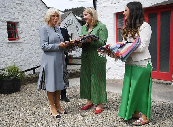 camilla-parker-bowles-chanel-shoes