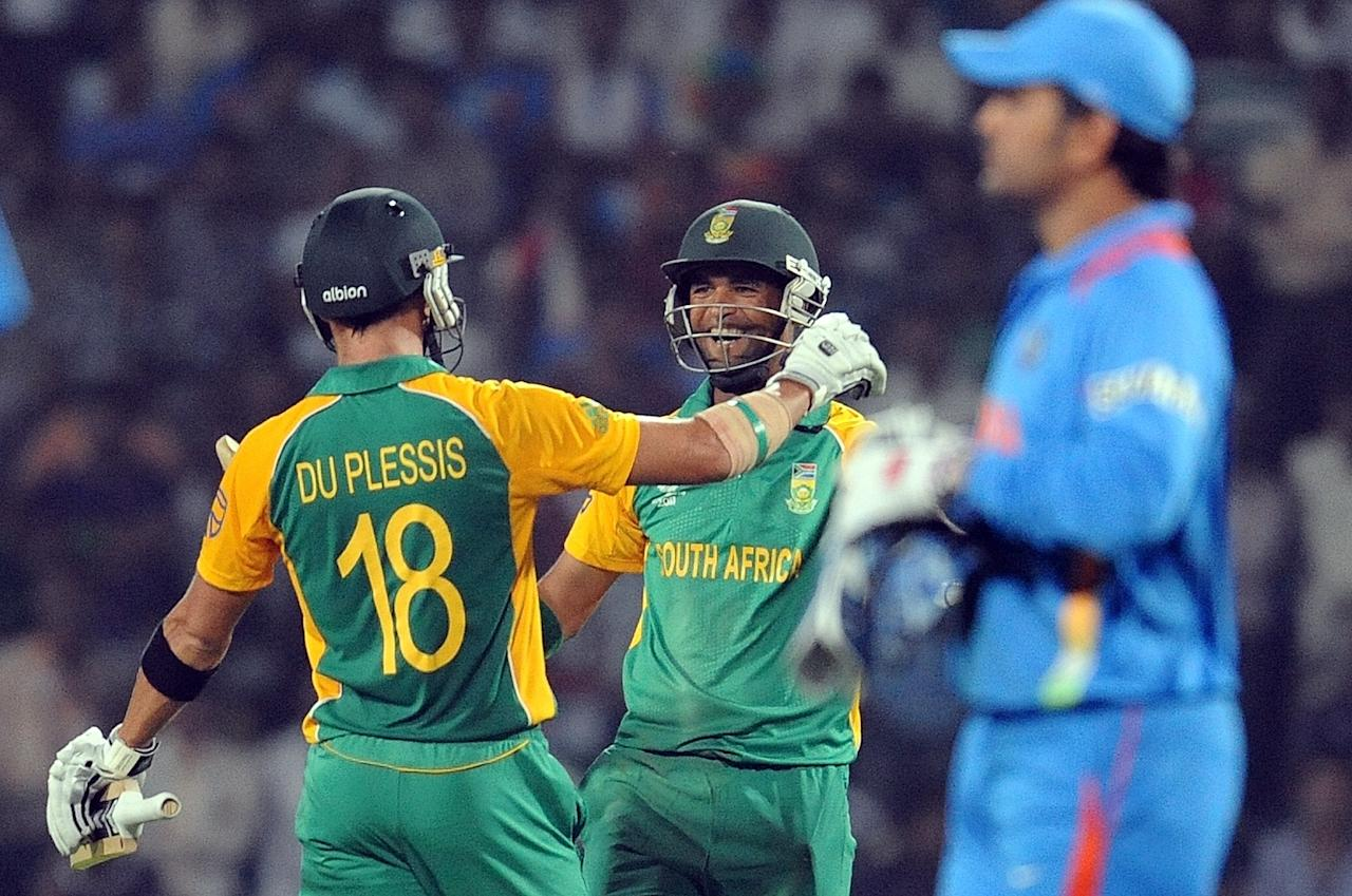 India vs South Africa at Nagpur on 12 March 2011: Sachin Tendulkar, who scored his 99th international century, and Virender Sehwag (73 from 66 balls) got India off to a flying start with their 142-run partnership in 17.4 overs for the first wicket. Tendulkar (111) and Gautam Gambhir (69) then added 125 runs for the second wicket before their dismissals turned things pear-shaped for India as they slipped from 268 for 2 in 40 overs to be bundled out for 296 in 48.4 overs as Dale Steyn (5-50) and Robin Peterson (2-52) triggered the collapse.  Half-centuries from Jacques Kallis, Hashim Amla and AB de Villiers helped South Africa keep up with the required rate; and when the rate was looking to get away from the Proteas, Faf du Plessis, Johan Botha and Robin Peterson all played important cameo knocks in the end as Graeme Smith's men got to the target with only two balls to spare.