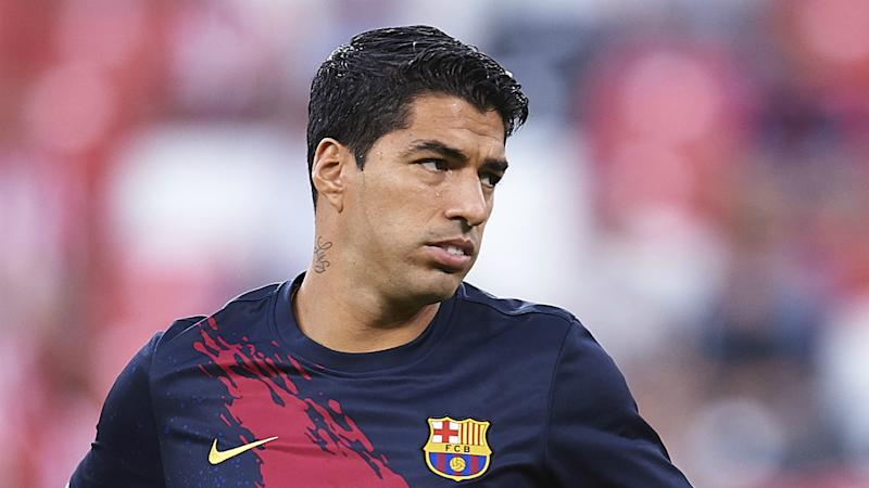 Suarez worried by Barcelona defeat at Granada