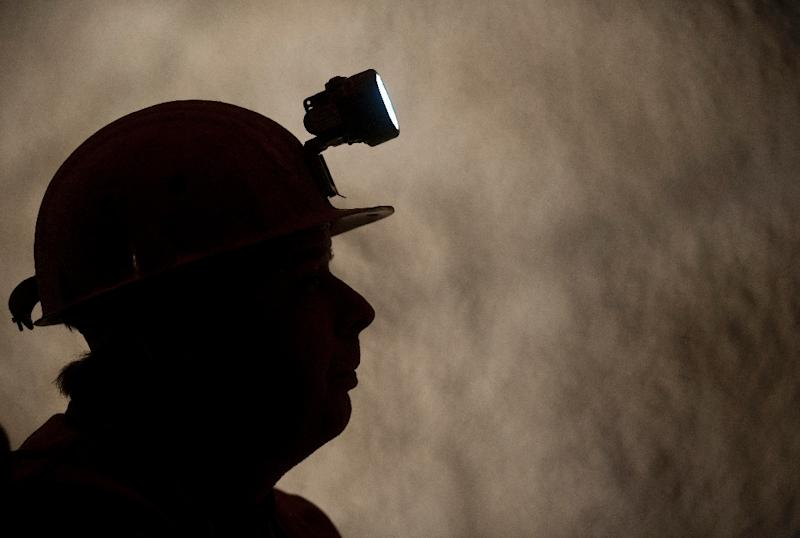 The powerful South African mining union NUM called for an indefinite strike starting Sunday at the nickel mine in eastern Nkomati over demands for bonus pay