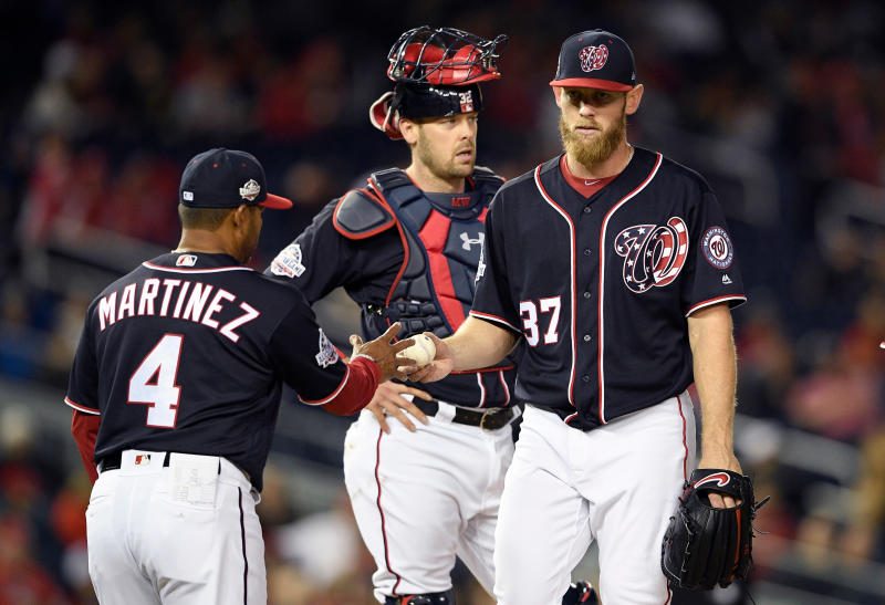 Washington Nationals starting pitcher Stephen Strasburg is pulled by manager Dave Martinez during the seventh inning of Friday's 5-4 loss to Arizona. (AP)