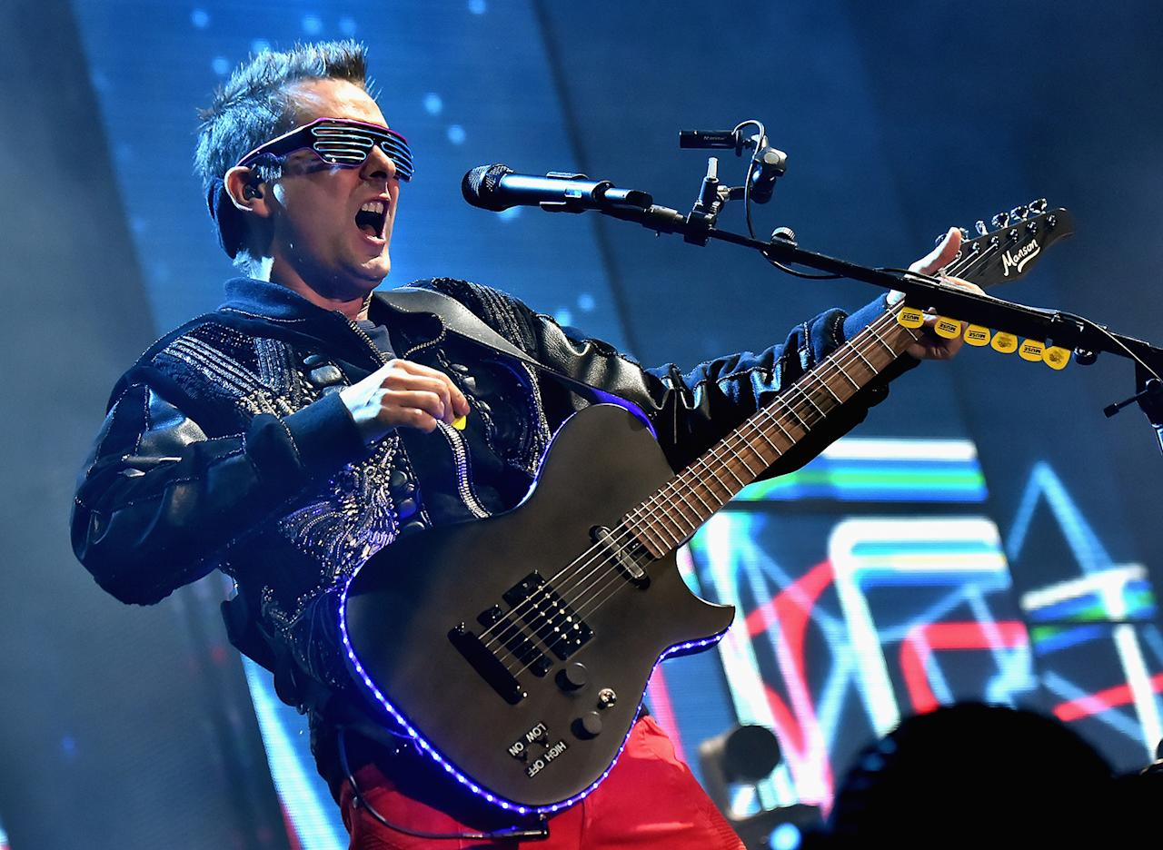 <p>Matt Bellamy of Muse performs on Downtown Stage during day 2 of the 2017 Life Is Beautiful Festival on September 23, 2017 in Las Vegas, Nevada.<br />(Photo by Jeff Kravitz/FilmMagic ) </p>