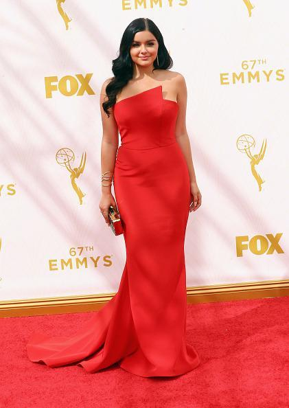 """<p>""""Modern Family"""" actress Ariel Winter recently underwent a breast reduction. On her first red carpet since the surgery, she appeared confident in a red strapless Romona Keveza gown. There was so little that I could wear that was age-appropriate. I'd have to wear the dress that was super tight and formfitted everywhere because if I didn't, it didn't look good. I didn't really have an option other than to wear fitted clothes,"""" she told """"Glamour"""" on dressing before.<br></p>"""