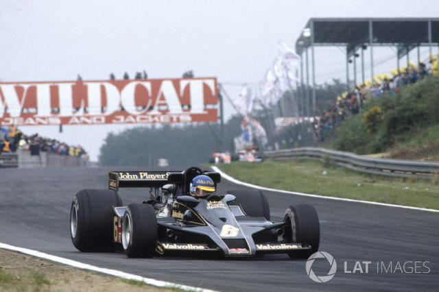 """Ronnie Peterson, Lotus Ford <span class=""""copyright"""">LAT Images</span>"""