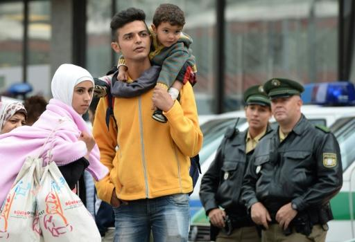 German industries make economic case to welcome refugees